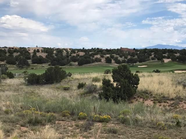 46 Paseo Aragon, Santa Fe, NM 87506 (MLS #201904564) :: The Desmond Group