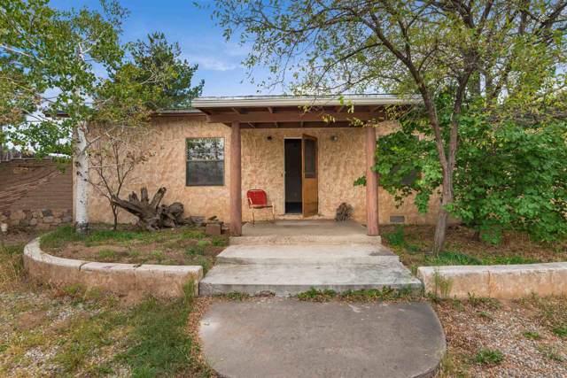 301 Palomino Street, Santa Fe, NM 87505 (MLS #201904567) :: The Desmond Hamilton Group