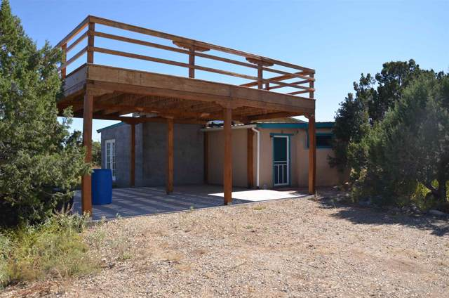 438 Goldmine, Cerrillos, NM 87010 (MLS #201904608) :: The Desmond Group