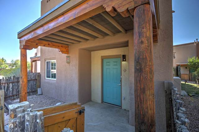 2210 Miguel Chavez Road #1711, Santa Fe, NM 87505 (MLS #201904617) :: The Desmond Group