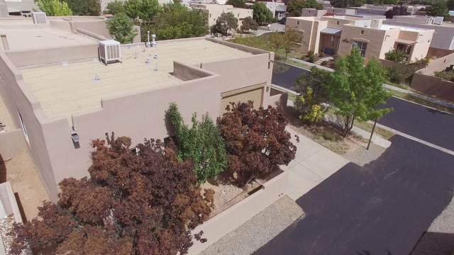 2 Coyote Pass Road, Santa Fe, NM 87508 (MLS #201904639) :: The Desmond Group