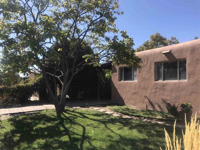 1026 Calle De Suenos, Santa Fe, NM 87507 (MLS #201904657) :: The Desmond Group