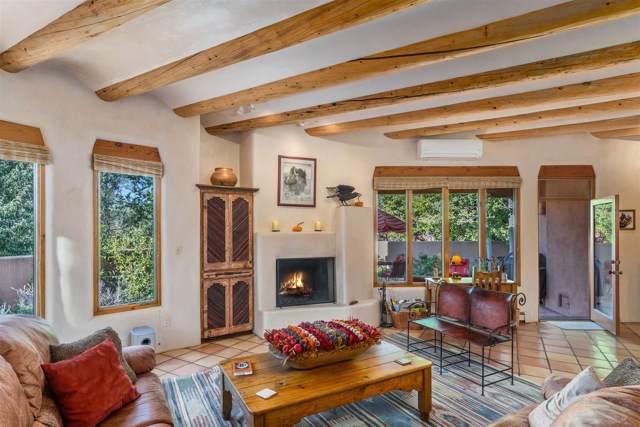 1391 Camino Corto, Santa Fe, NM 87501 (MLS #201904678) :: The Very Best of Santa Fe