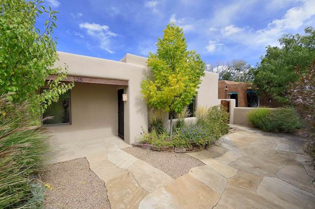 125 W Coronado Road, Santa Fe, NM 87505 (MLS #201904697) :: Berkshire Hathaway HomeServices Santa Fe Real Estate