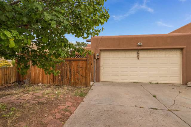 1866 Camino De Pabilo, Santa Fe, NM 87505 (MLS #201904701) :: The Desmond Group