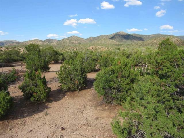 26A El Alto, Santa Fe, NM 87506 (MLS #201904733) :: The Desmond Group