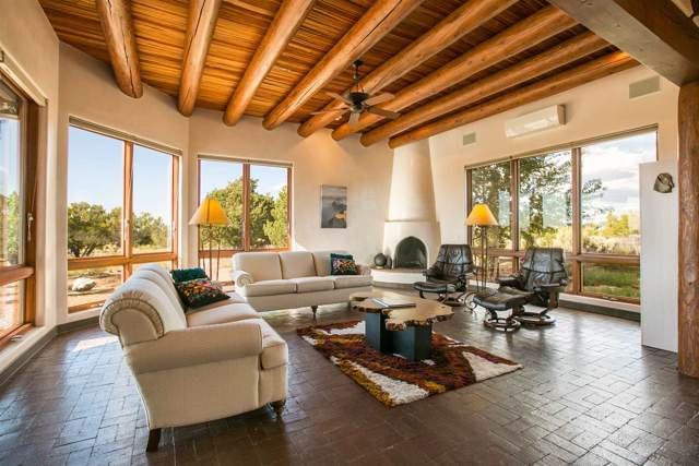 2 Dream Catcher, Santa Fe, NM 87506 (MLS #201904753) :: The Very Best of Santa Fe