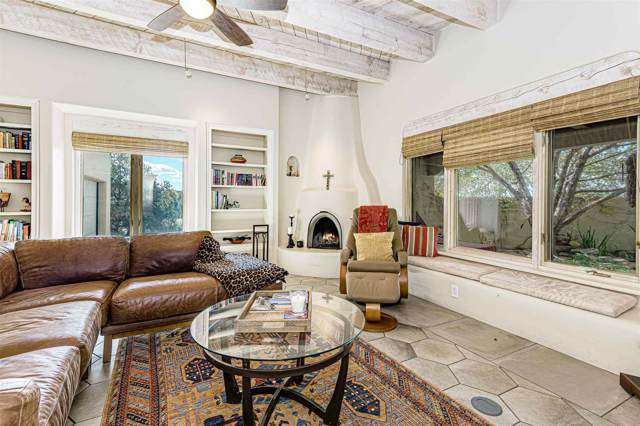 2 Blanket Flower Cir, Santa Fe, NM 87506 (MLS #201904765) :: The Very Best of Santa Fe