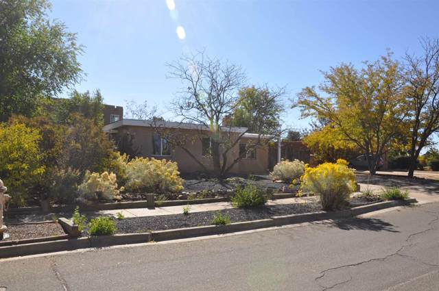 2113 Rancho Siringo, Santa Fe, NM 87505 (MLS #201904838) :: The Very Best of Santa Fe