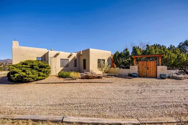 3 Domingo Court, Santa Fe, NM 87508 (MLS #201905047) :: The Desmond Group