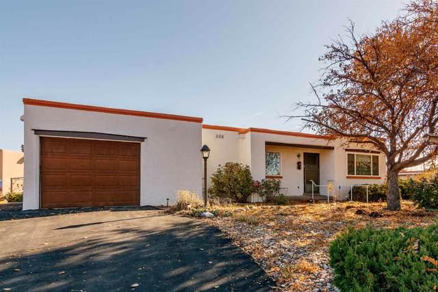 2571 Camino Chueco, Santa Fe, NM 87505 (MLS #201905072) :: The Desmond Group