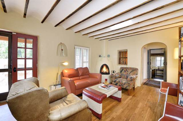 438 San Pasqual, Santa Fe, NM 87505 (MLS #201905084) :: The Very Best of Santa Fe
