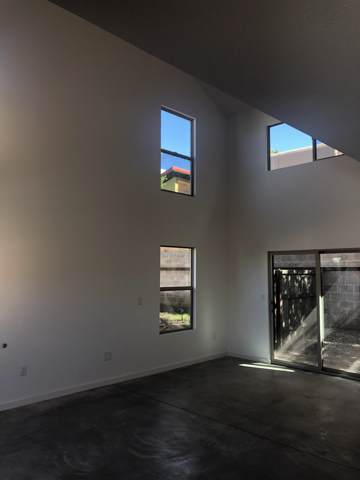 2180 W Alameda Street #14, Santa Fe, NM 87507 (MLS #201905102) :: The Desmond Group