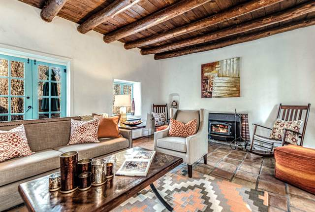 970 Acequia Madre, Santa Fe, NM 87501 (MLS #201905171) :: The Desmond Group