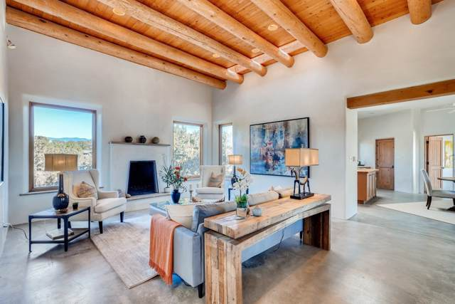 52 E Estrada Calabasa, Santa Fe, NM 87506 (MLS #201905177) :: The Desmond Group