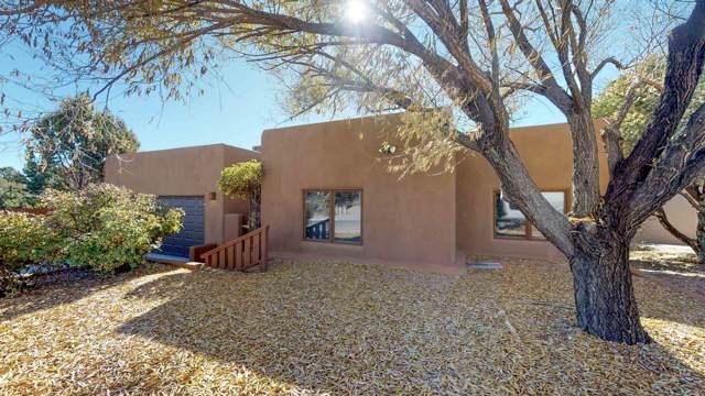 3008 Pueblo Grande, Santa Fe, NM 87507 (MLS #201905233) :: The Very Best of Santa Fe
