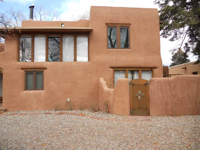 129 W Houghton St B, Santa Fe, NM 87505 (MLS #201905293) :: The Desmond Group