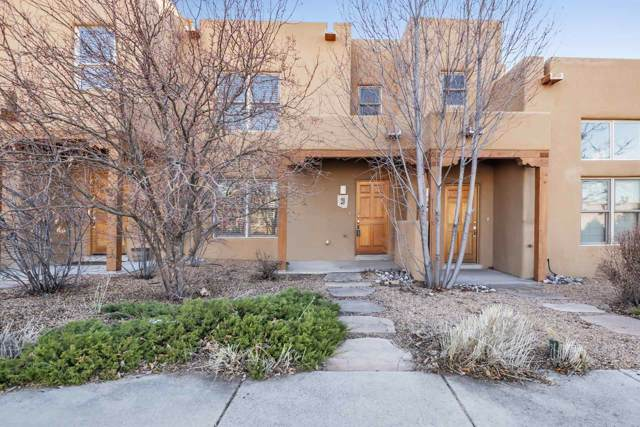 20 Camino De Vecinos, Santa Fe, NM 87507 (MLS #201905388) :: Berkshire Hathaway HomeServices Santa Fe Real Estate