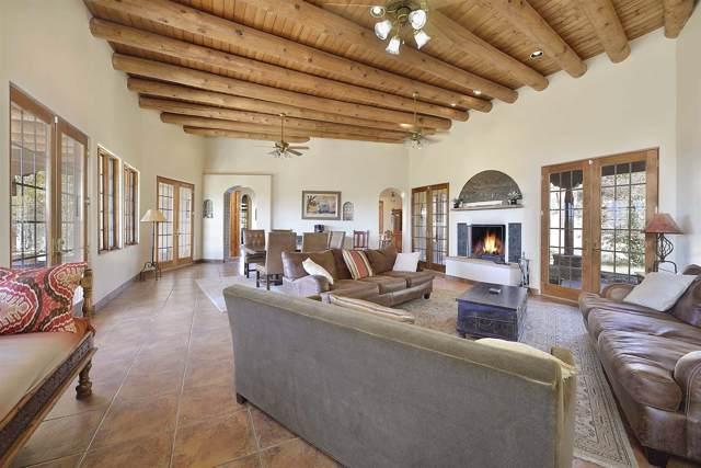 36 Camino Tres Cruces (Main/Bunk), Santa Fe, NM 87506 (MLS #201905419) :: Berkshire Hathaway HomeServices Santa Fe Real Estate