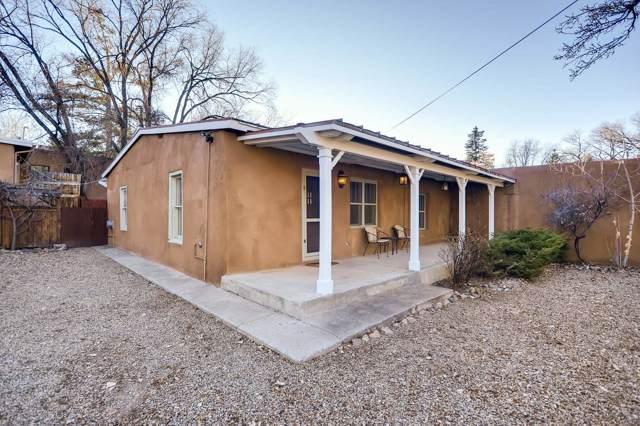 964 Acequia Madre, Santa Fe, NM 87505 (MLS #201905439) :: The Desmond Group