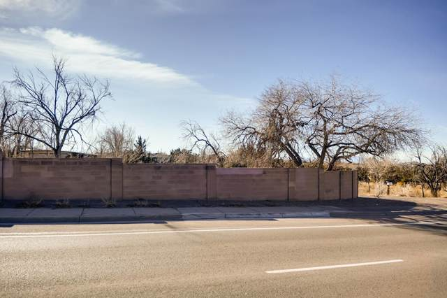 3924 Rodeo Road, Santa Fe, NM 87507 (MLS #202000004) :: The Desmond Hamilton Group