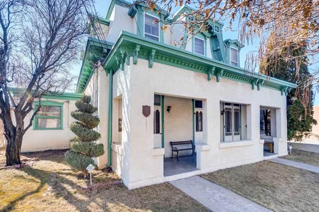 324 Read Street, Santa Fe, NM 87501 (MLS #202000014) :: Berkshire Hathaway HomeServices Santa Fe Real Estate