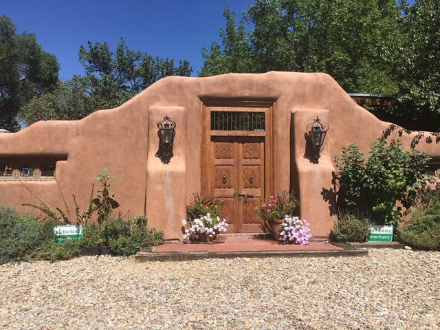 109 Quesnel, Taos, NM 87571 (MLS #202000066) :: The Desmond Group