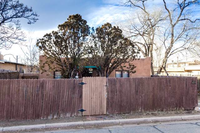 234 1/2 Irvine, Santa Fe, NM 87501 (MLS #202000081) :: The Desmond Group