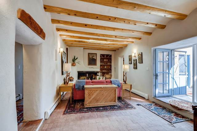 1065 Camino San Acacio, Santa Fe, NM 87505 (MLS #202000106) :: The Desmond Group