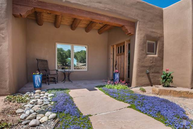 221 Camino Del Norte, Santa Fe, NM 87501 (MLS #202000115) :: The Desmond Group