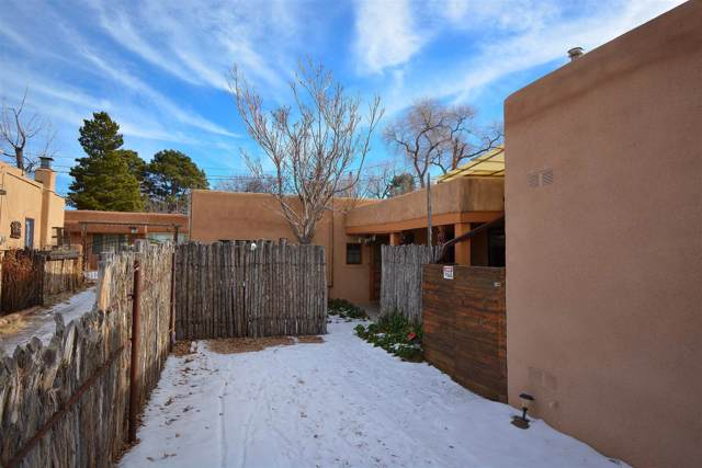 727 Gomez, Santa Fe, NM 87505 (MLS #202000120) :: The Desmond Hamilton Group