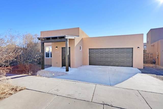 7000 Camino Rojo, Santa Fe, NM 87507 (MLS #202000126) :: The Desmond Group
