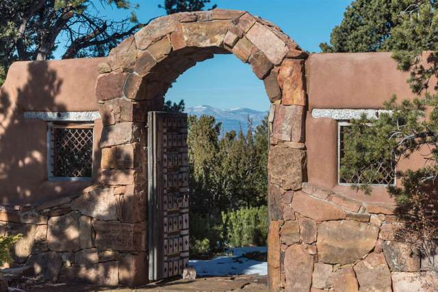 1583 Wilderness Gate, Santa Fe, NM 87505 (MLS #202000131) :: The Desmond Group