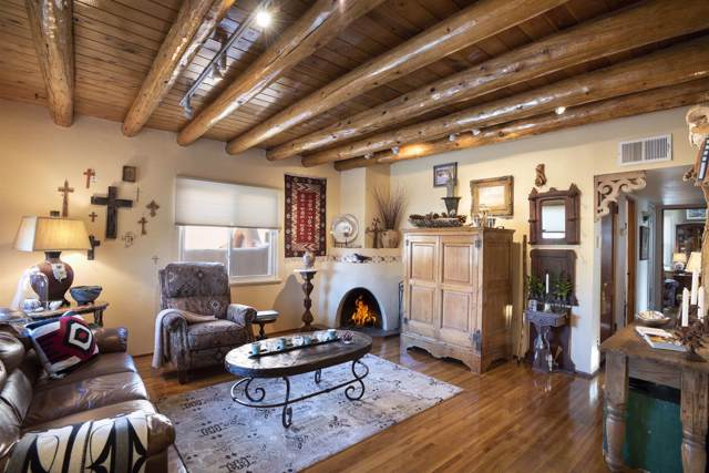 1225 Lujan St, Santa Fe, NM 87505 (MLS #202000144) :: The Desmond Hamilton Group
