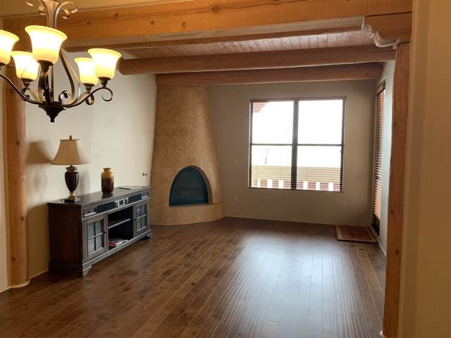 1405 Vegas Verdes #208, Santa Fe, NM 87507 (MLS #202000170) :: The Desmond Group