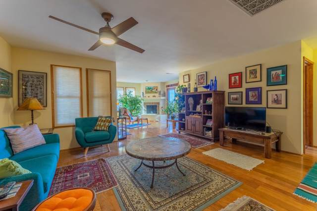 207 Camino De Los Marquez #3, Santa Fe, NM 87505 (MLS #202000172) :: The Desmond Group