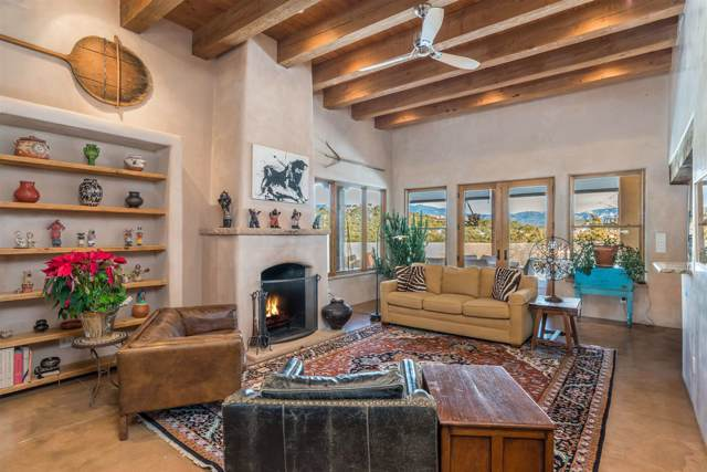 2 Tano West, Santa Fe, NM 87506 (MLS #202000198) :: The Desmond Group