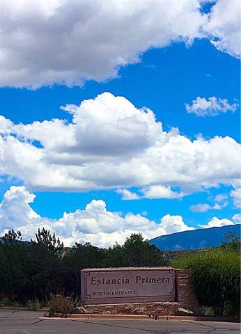 797 Avenida Primera, Santa Fe, NM 87501 (MLS #202000222) :: Summit Group Real Estate Professionals