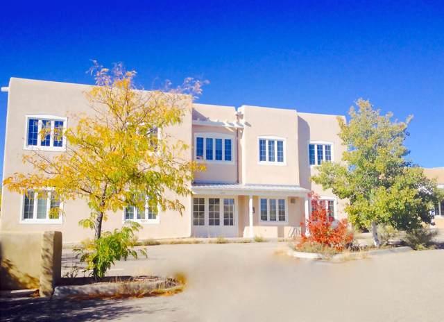 2209 Miguel Chavez Rd, Santa Fe, NM 87505 (MLS #202000261) :: The Desmond Hamilton Group