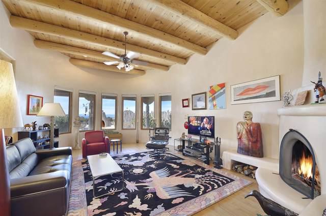 30 Old Pecos Lane, Santa Fe, NM 87508 (MLS #202000272) :: The Very Best of Santa Fe