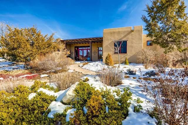 39 Lluvia De Oro, Santa Fe, NM 87501 (MLS #202000274) :: The Very Best of Santa Fe