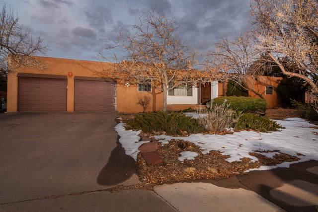 2578 Calle Delfino, Santa Fe, NM 87505 (MLS #202000286) :: The Desmond Hamilton Group