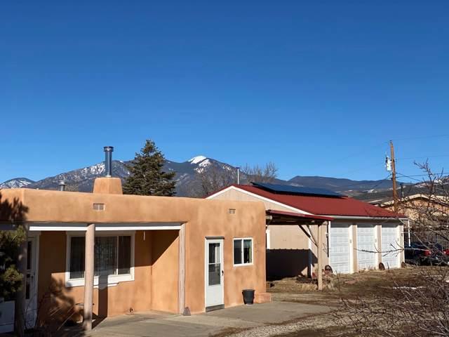 1010 Calle Alvarado, Taos, NM 87571 (MLS #202000303) :: The Very Best of Santa Fe