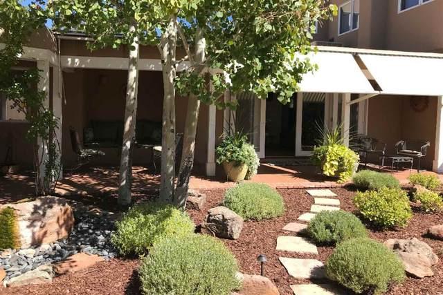 1048 Bishops Lodge Road, Santa Fe, NM 87501 (MLS #202000466) :: The Desmond Hamilton Group