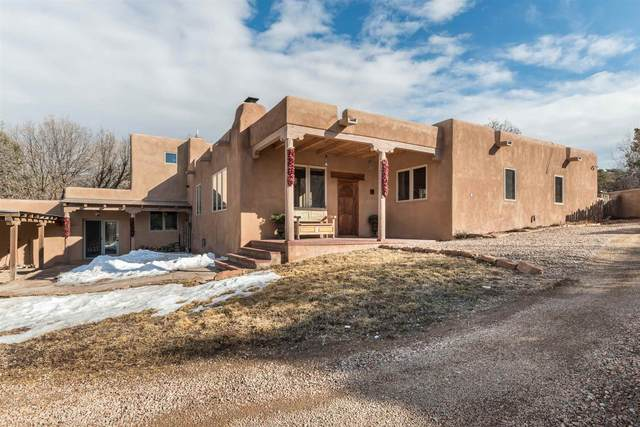 19 Picaflor Path, Santa Fe, NM 87506 (MLS #202000584) :: The Desmond Hamilton Group