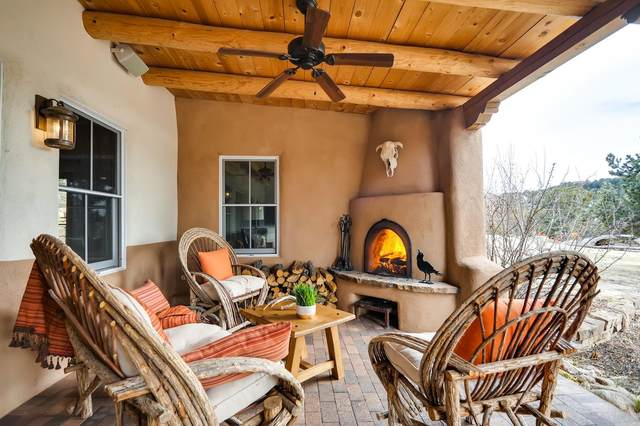 6 Kwahe Ridge Rd, Santa Fe, NM 87506 (MLS #202000596) :: The Desmond Hamilton Group