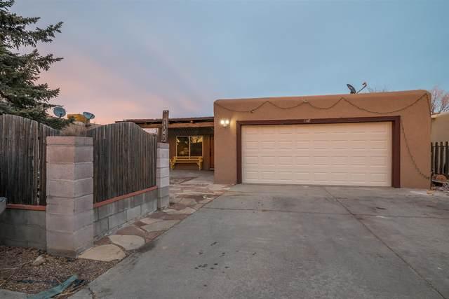 1147 Morning, Santa Fe, NM 87507 (MLS #202000619) :: The Very Best of Santa Fe