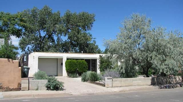112 Spruce, Santa Fe, NM 87501 (MLS #202000662) :: The Very Best of Santa Fe