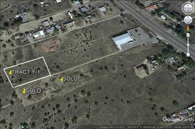 Y-1 Camino Del Sol, Hernandez, NM 87537 (MLS #202000701) :: The Desmond Hamilton Group