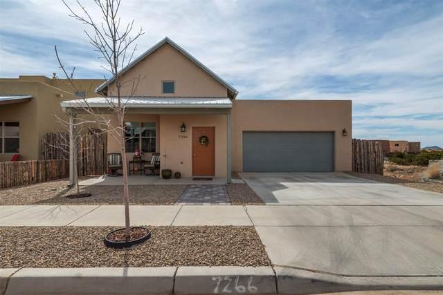7266 Arroyo Central, Santa Fe, NM 87507 (MLS #202000774) :: The Desmond Hamilton Group